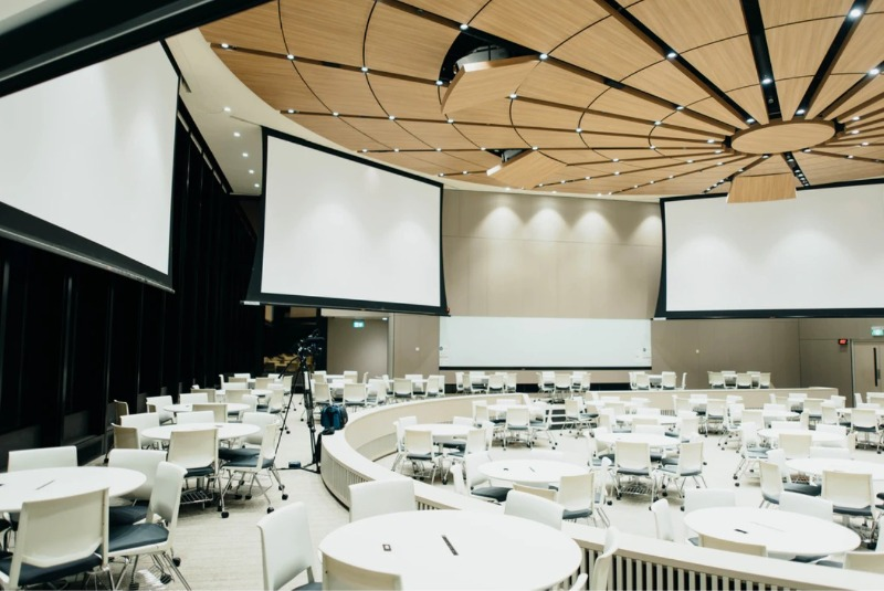 Room with projectors